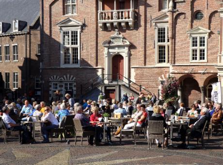 vind affaire handjob in de buurt Haarlem