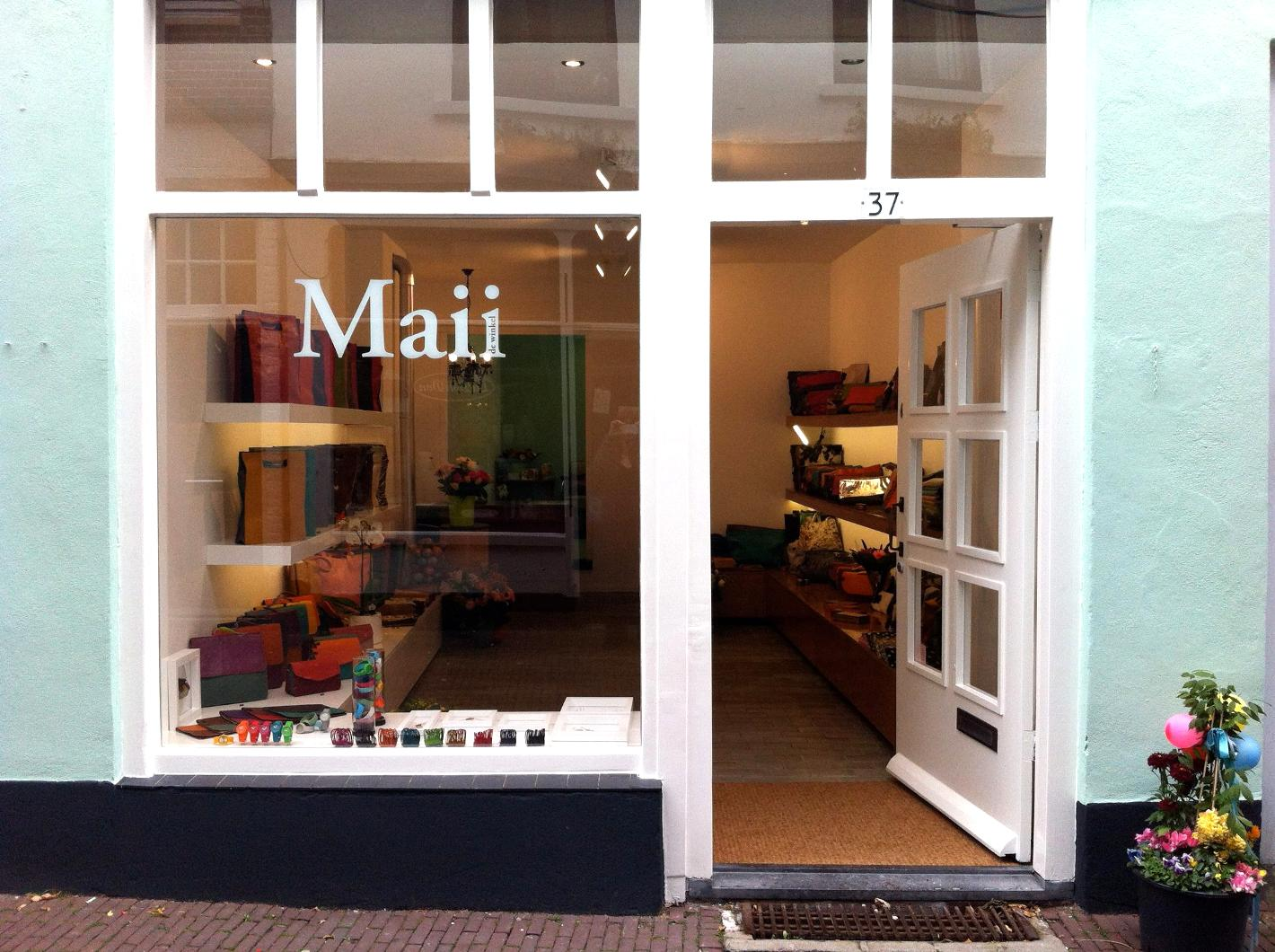 Kleurrijk Mode Sieraden In Tassenwinkel Maii Arnhem kOPTiwXZu