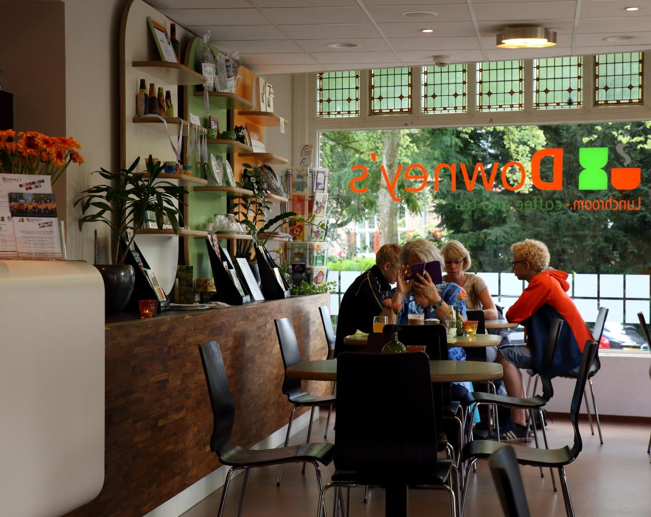 Foto Downey's Coffee and Tea in Amersfoort, Eten & drinken, Koffie, thee & gebak, Lunchen - #3
