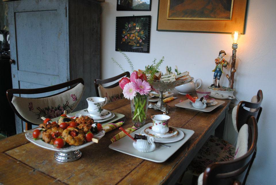 Wonen Koffie in Breda Stilleven lunchroom high tea kado interieur