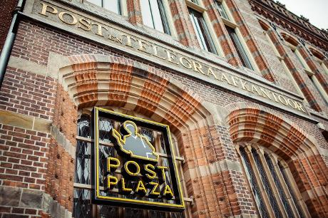 Foto Post-Plaza Hotel & Grand Café in Leeuwarden, Slapen, Hotels & logies