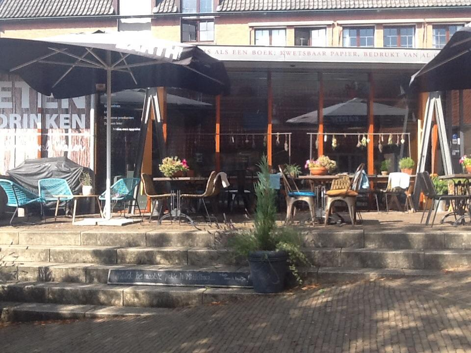 De Eetkamer Middelburg : Koffie lunch middelburg eetkamer likkepot lunchroom terras