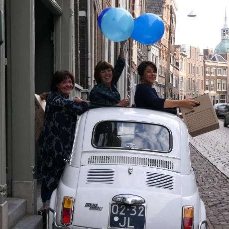 Preloved Fashion selected by 3xM in Dordrecht Winkelen Gezellig shoppen