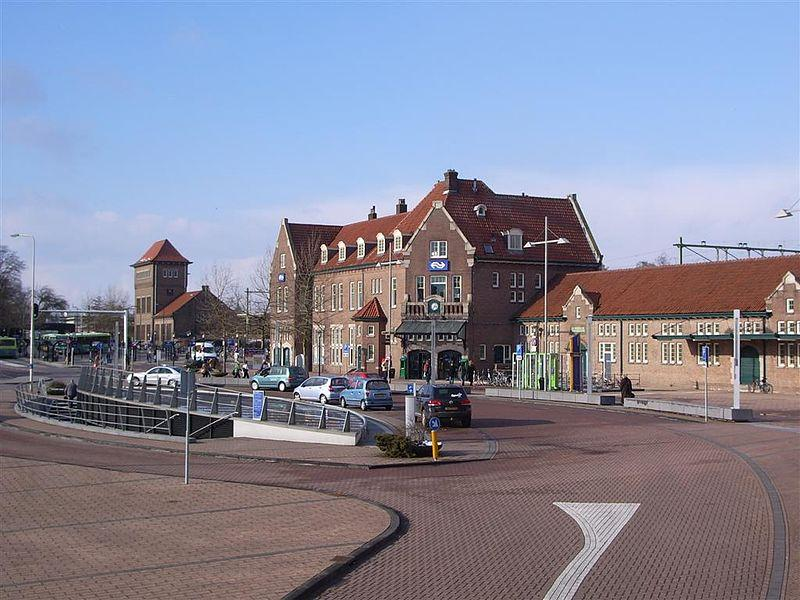 Foto NS Station Deventer in Deventer, Info, Openbaar vervoer - #1